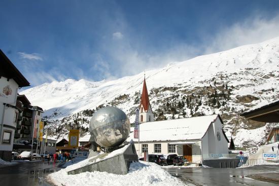 Hotel Regina: Obergurgl village centre