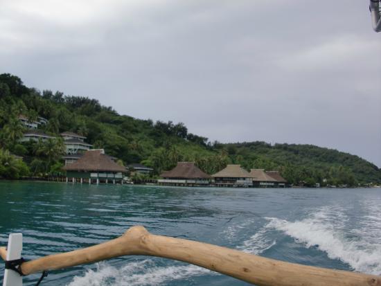 Faanui, Polynésie française : Villa from the ocean
