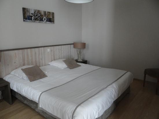 Hôtel Fleur de Ré : Grand lit de 2 m