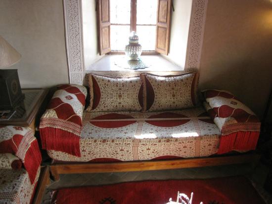 Musee de l'Art de Vivre Marocain: A front room