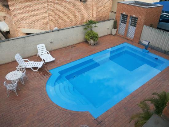 1c6121723c Vista da piscina desde a sacada do apartamento! - Foto de Letoh ...
