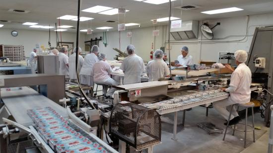 Aplets & Cotlets Candy Kitchen & Country Store: Production Line