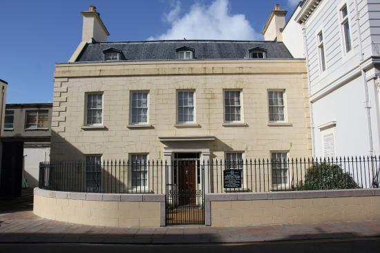 16 New Street Georgian House