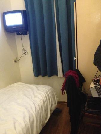 Doria Hotel Amsterdam: Visão do quarto single