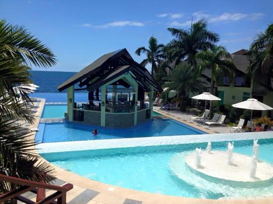 Pool And Pool Bar Picture Of Acuatico Beach Resort Hotel Laiya Tripadvisor