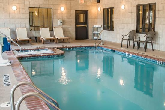 Sleep Inn & Suites at Six Flags: Indoor Pool with Hot Spa