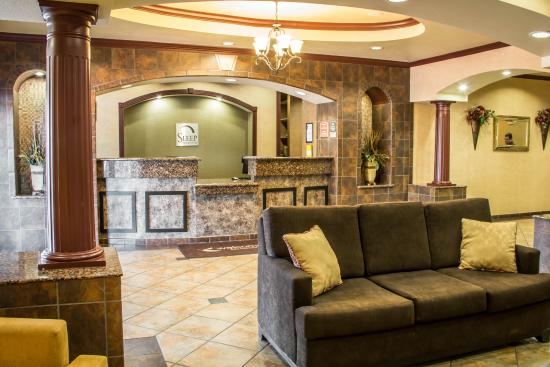 Sleep Inn & Suites at Six Flags: Newly renovated Hotel lobby area