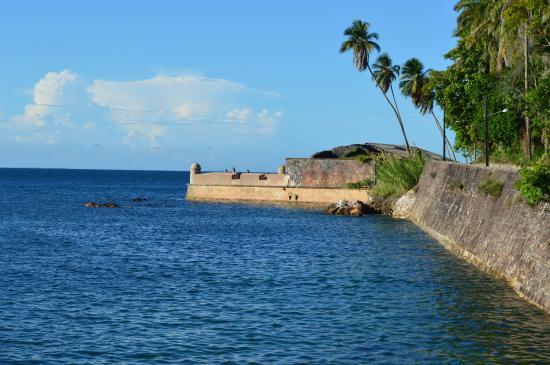 Ruinas da Fortaleza do Tapirandu