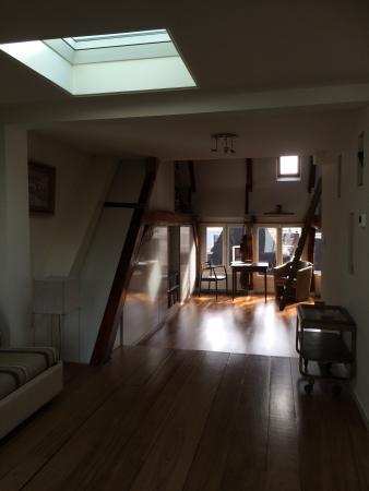 Brem's Apartments: Main room