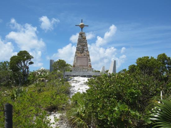 Columbus Point: Columbus Monument