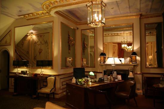 the colonnade london hotel reception beautiful classic decoration - Orange Hotel Decoration