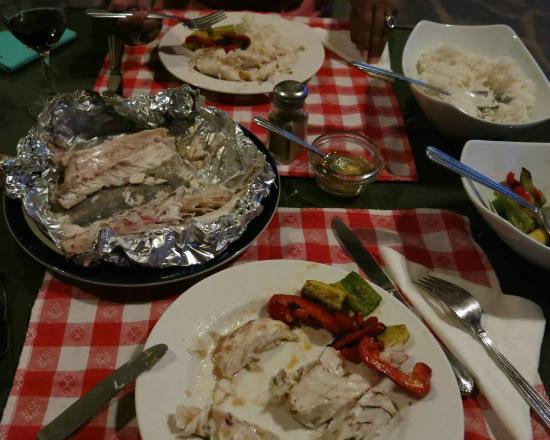 Casa Granada: Cena con nuestra pesca