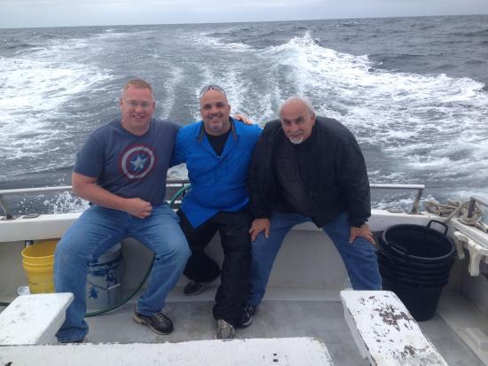 Johnny snagging a jack bild von little river fishing for Little river fishing fleet north myrtle beach sc