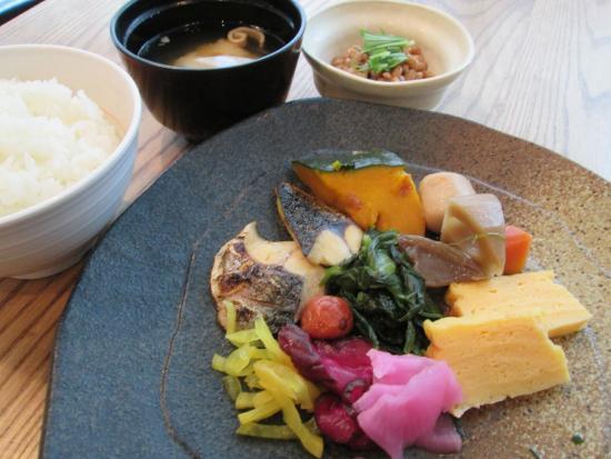APA Hotel Kagoshimachuo Ekimae : 40種類の朝食和洋バイキング【営業時間 6:30から9:30】