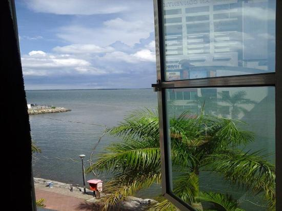 Sandakan Backpackers Hostel: View from our seaview room