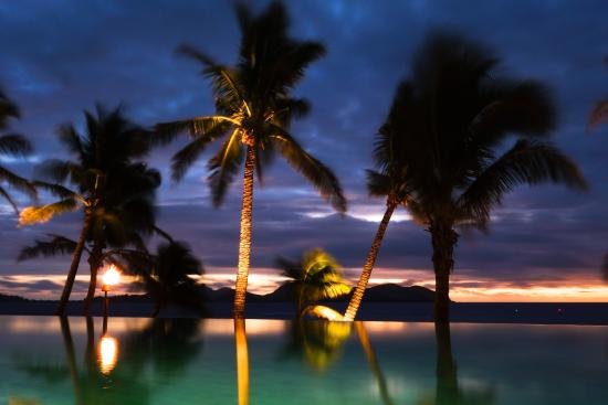 Tokoriki Island, Fiji: The main pool at sunset