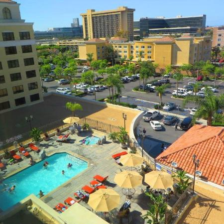 Doubletree Suites By Hilton Hotel Anaheim Resort Convention Center Pool View
