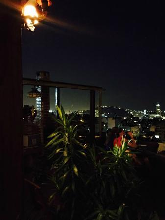 Villa Leonor: Night