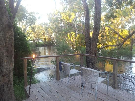 Laurels of Chinchilla: Private Deck at River Cottage