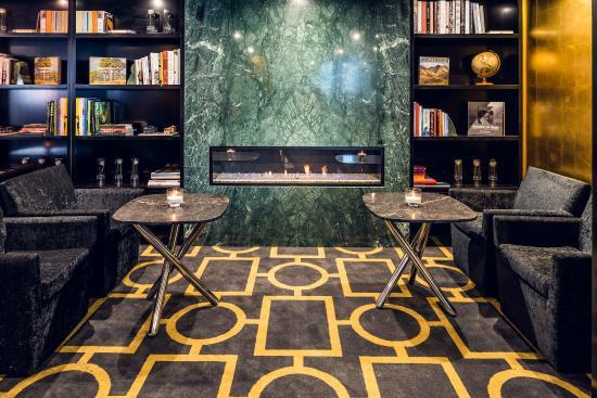 Bolton Hotel Wellington: Lobby