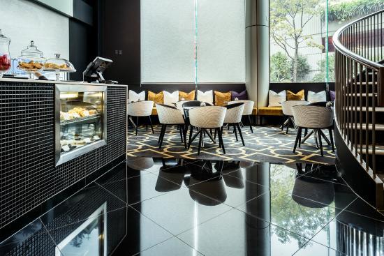 Bolton Hotel Wellington: Lobby cafe