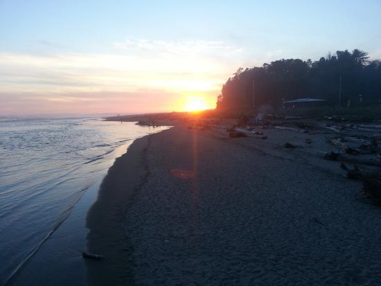 Siletz Bay Lodge: Siletz bay Sunset