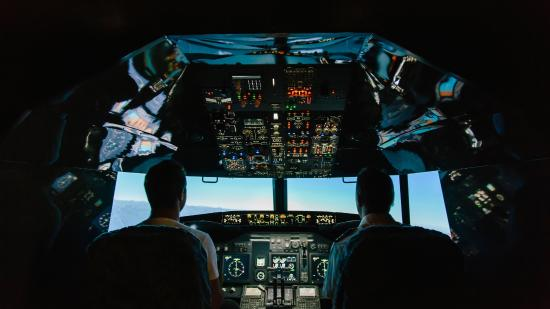 ‪Jet Flight Simulator Canberra‬