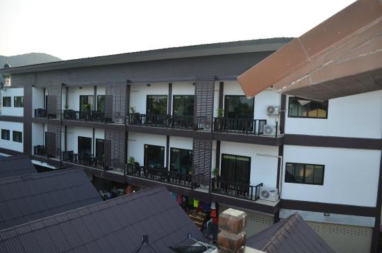 Phi Phi Andaman Legacy: Вид с балкона нашего номера