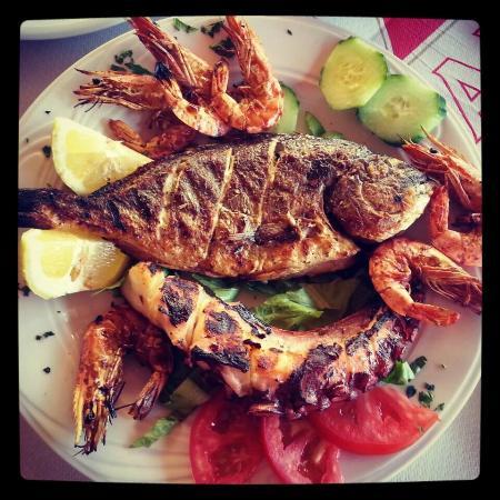 Bonanza Restaurant: Mix fish  Grilled Sea Bream Octopus and King prawns