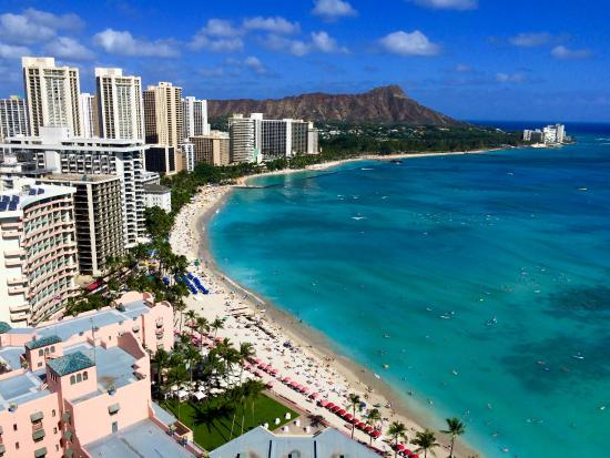 Sheraton Waikiki: This was the view from the balcony of room 2845.