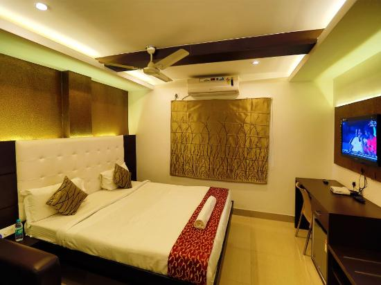 Oyo Rooms Connaught Circus Hotel Reviews Amp Price