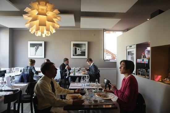 Café 9
