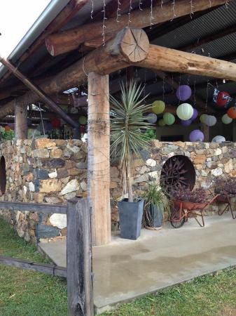 Innot Hot Springs, Australia: New outdoor garden made by old fashioned stonemason