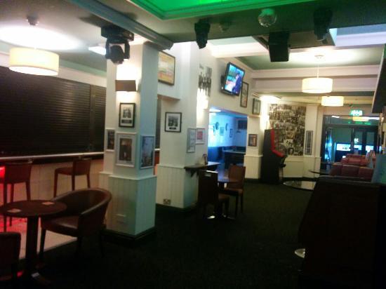 Hanover Hotel: Breakfast in the bar