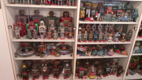 Tin Toy Museum