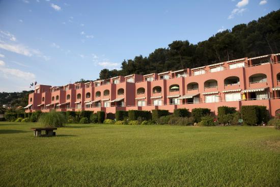 Maeva r sidence les jardins de la c te d 39 azur hotel saint mandrier sur mer france voir les - La cremaillere cote mer et hotel cote jardin ...