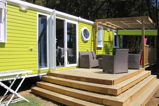 Camping Le Moustoir : vue du mobilhom
