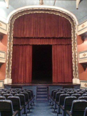 Teatro Cine Calderon