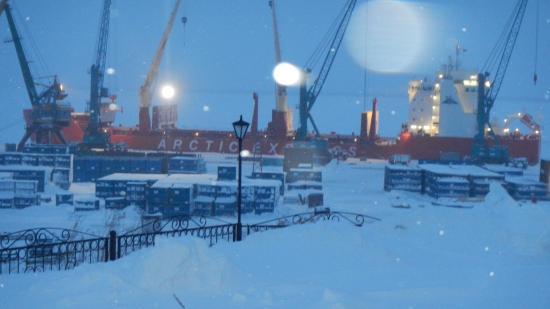 Dudinka, Russia: Порт зимой