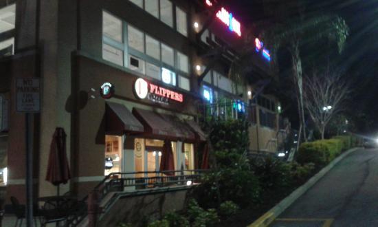 Flippers Pizza : Pizza à noite