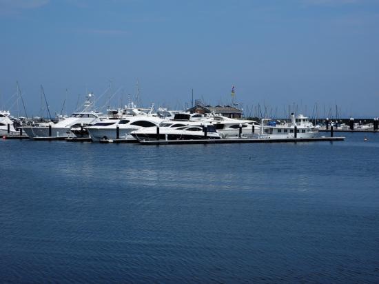 Yokohama Bay Side Marina : のんびりします・・