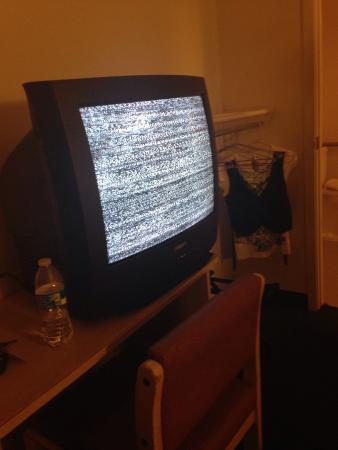 Rodeway Inn & Suites: Static Tv