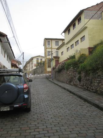 Don Bosco Hotel: hotel ao final da subida na esquina com vista para o centro todos os quartos