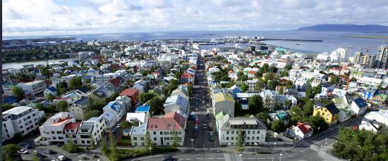 Reykjavik Grand Excursion : View of Reykjavík from Hallgrímskirkja tower