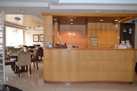 La Carolina Inn: Recepcion