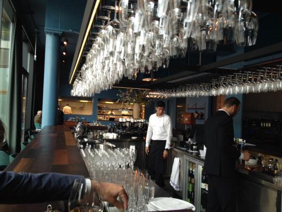 Schitterende wijnen, open keuken   foto van restaurant fitzgerald ...