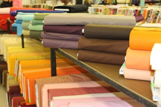 Mary Jo's Cloth Store: Rows and rows of fabric