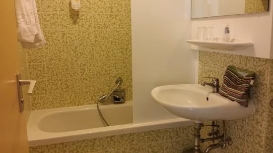 StayMunich Serviced Apartments: banheiro