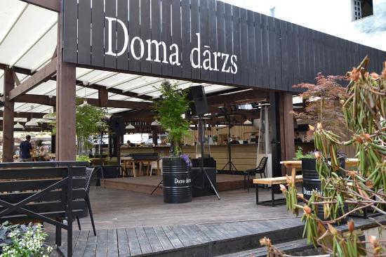 Doma Darzs
