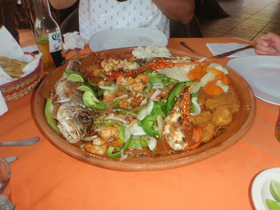 LUNCHEON ON CITY TOUR:  DELIC